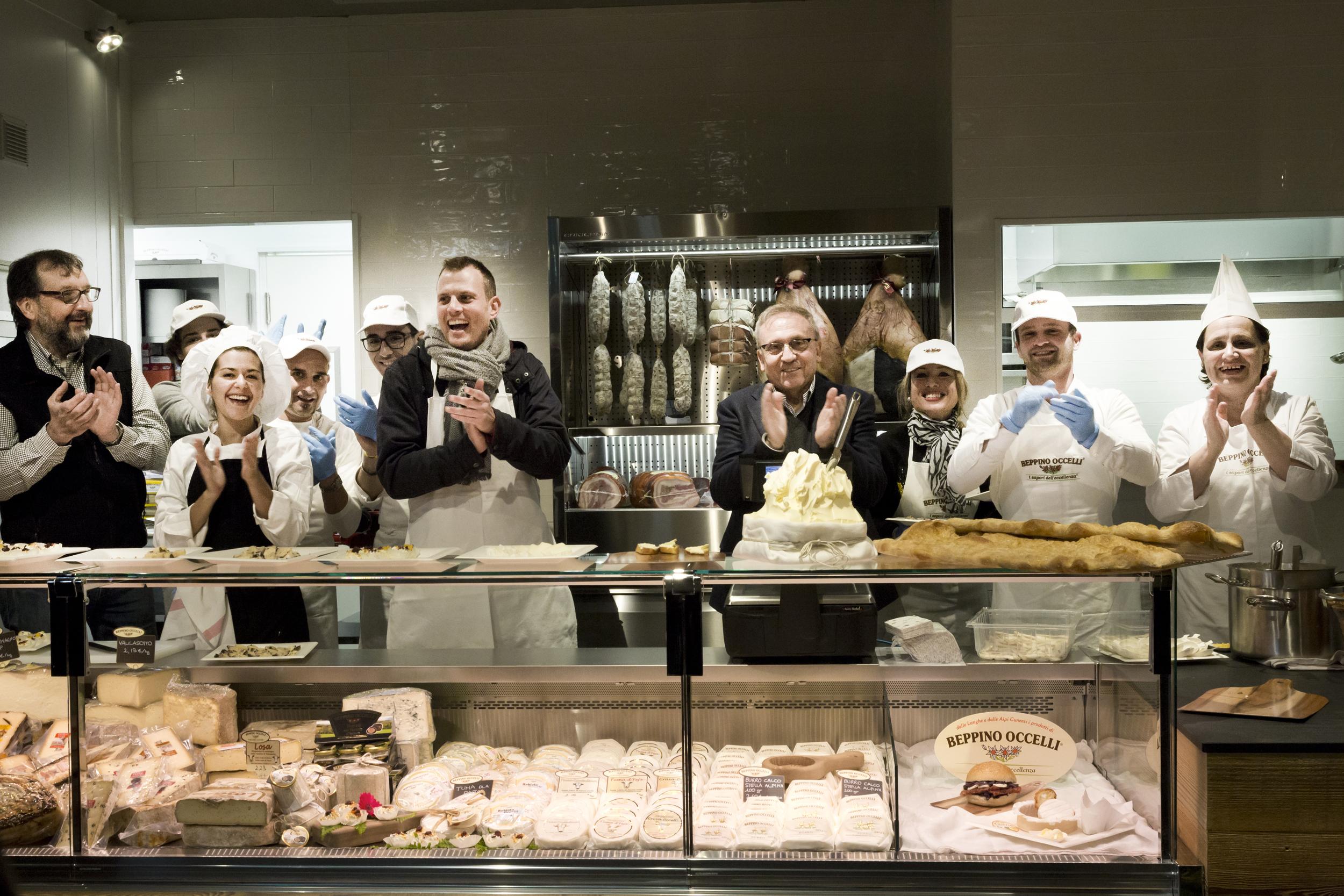 Mercato Centrale Torino   Beppino Occelli - La bottega del burro e dei formaggi - Beppino Occelli
